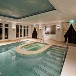 2-amstel-hotel